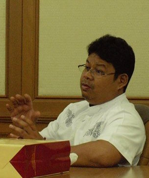 Penulis Menguliti Kilometer Peradaban Jokowi